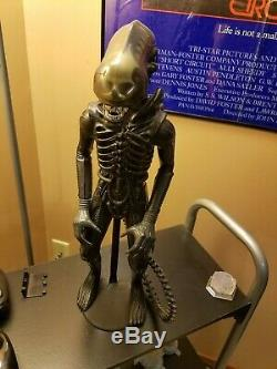 Kenner Alien Lot 1979 Movie Viewer, 18 in Figure, and Board Game