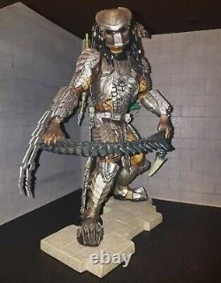 Kotobukiya ArtFX AVP Scar Predator Statue 16 Scale