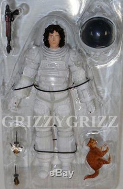 Loose NECA Aliens Series 4 RIPLEY (COMPRESSION SUIT) 7 Scale Action Figure