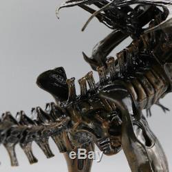 NECA ALIENS RESURRECTION ALIEN QUEEN DELUXE ACTION FIGURE xenomorph alien queen