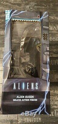 NECA Alien Xenomorph Alien Queen (Deluxe Action Figure) NEU/OVP