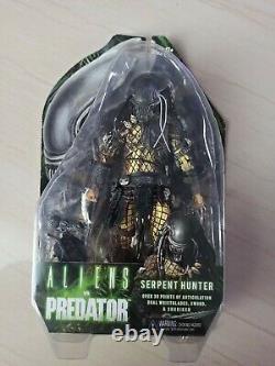 NECA Alien vs Predator Series 17 SERPENT HUNTER 7 Action Figure AUTHENTIC