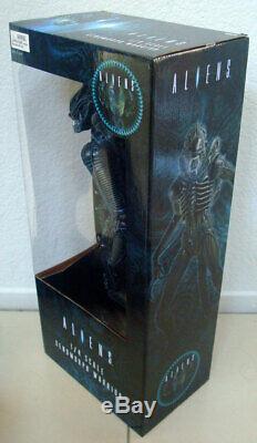 NECA Aliens 30th Anniversary 1/4 scale Xenomorph Warrior Action Figure NIB