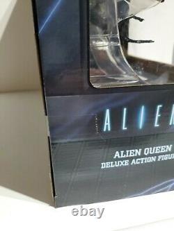 NECA Aliens ALIEN QUEEN DELUXE ACTION FIGURE MISB