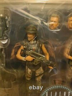 NECA Aliens Corporal Dwayne Hicks Private William Hudson 2-Pack 30th Anniversary