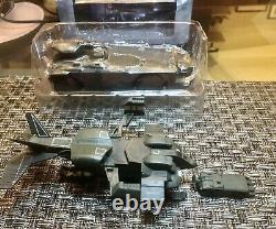 NECA Cinemachine Aliens M577 APC Vehicle (New) + UD-4L Cheyenne Dropship (Loose)