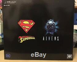 NECA DC Dark Horse Superman vs. Aliens Figure San Diego Comic Con Exclusive 2019