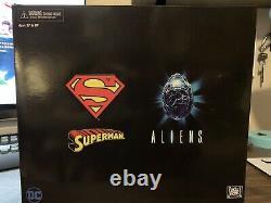 NECA Superman VS Alien 2pk, used/ complete