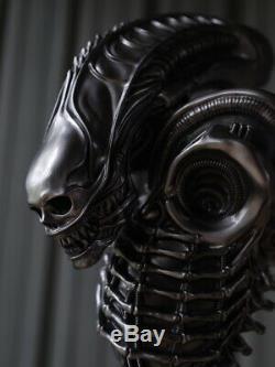 NEW 1/2 AVP Alien Action Figure Iron Blood Alien Resin Bust Statue In Stock