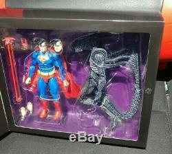 NEW NECA SDCC 2019 Batman vs Predator + Superman vs Alien (2pk bundle) IN HAND