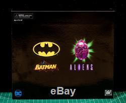 NYCC 2019 Exclusive NECA Batman vs Aliens Authentic In Hand DC