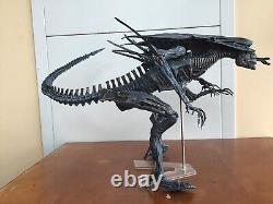 Neca 1st Alien Queen Ultra Deluxe Classic Xenomorph Collection 30 Action Figure