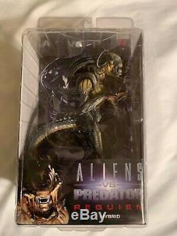 Neca Alien Hybrid Predalien Aliens vs Predator Requiem OPEN MOUTH Version (VHTF)