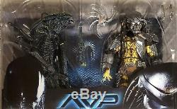 Neca Avp, Grid Alien Vs Celtic Predator Rivalry Reborn 2-pack, (new And Rare)