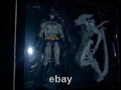 Neca Batman Vs Aliens Nycc 2019 Exclusive Action Figure Set New