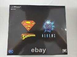 New NECA DC Dark Horse Superman vs Alien 2 Pack 2019 Exclusive Figures
