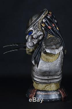 PREDALIEN Predator Alien Life Size Resin Figure Bust Statue Collectible LED EYES