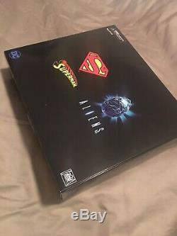 SDCC 2019 EXCLUSIVE! NECA Superman vs Aliens & Batman vs Predator 2-Pack BUNDLE