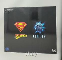 SDCC 2019 NECA Superman Vs Aliens Toy Action Figures