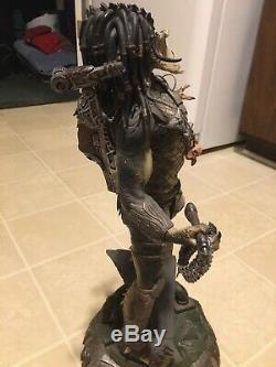 SIDESHOW Exclusive Wolf Predator. Alien vs Predator. Rare