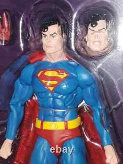Sdcc 2019 Neca Exclusive Superman Vs Alien Warrior Figure Set Brand New