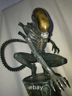 Sideshow Alien Big Chap Figure Statue On Stand Ltd Ed