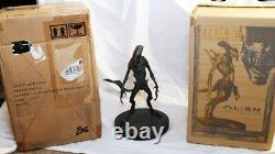 Sideshow Collectibles ALIEN Faux Bronze Resurrection Warrior Statue 024/500 RARE