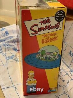 Simpsons Treehouse Of Horror Alien Spaceship Homer Kodos Kang Playmates NEW NIB