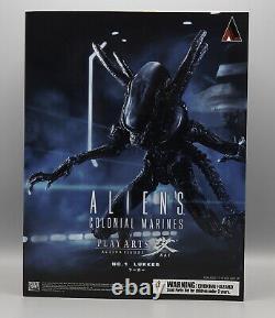 Square-Enix Aliens Colonial Marines Lurker Play Arts Kai Action Figure