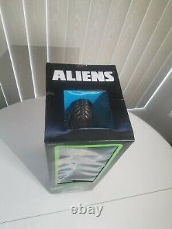 Super7 BRONZE! 18 Aliens Xenomorph Warrior Action with Shipper Box