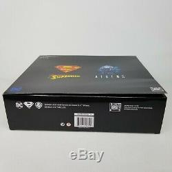 Superman vs. Aliens NECA DC / Darkhorse SDCC 2019 Exclusive 2-Pack Action Figure