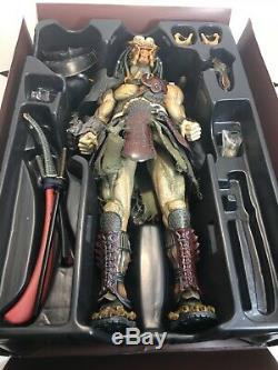 Used Hot Toys 1/6 Alien vs Predator AVP Samurai Predator/