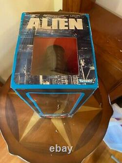 Vintage 1979 Kenner 18 ALIEN Xenomorph Figure