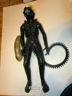 Vintage Kenner 1979 18 Alien Xenomorph includes dome and rear spike