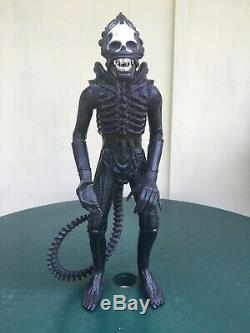 Vintage Kenner ALIEN Xenomorph Posable Figure 18 Inches Tall