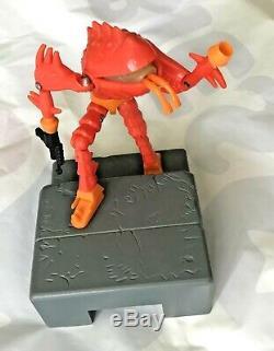 Vintage Lobros Micronauts Alien Action Figure Mego Takara Near New 95% Complete